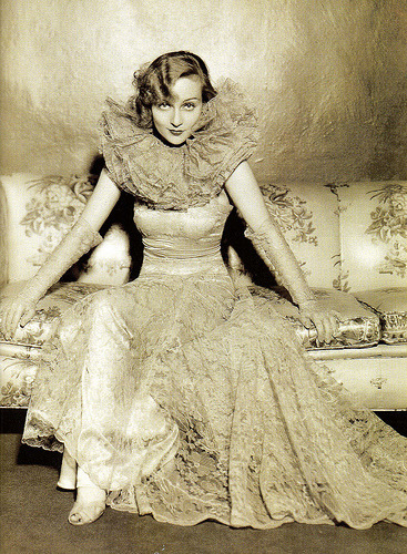 Carole Lombard in a dress by Travis Banton.