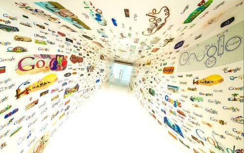 Google's wall of doodles in their new office in Venice, CA. (via stuckincustoms.com)