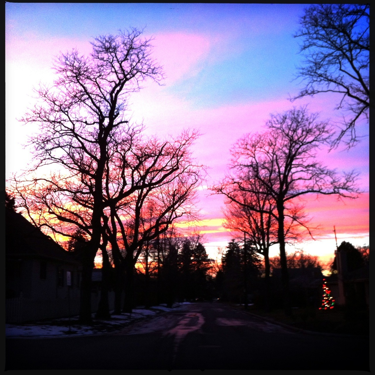 Sunset VI Taken with Hipstamatic, Hornbecker Lens, DC Film, No Flash.