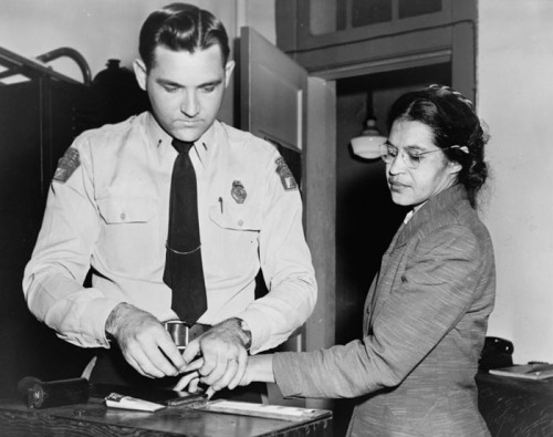 thefreedomblues:  Rosa Parks being fingerprinted by Deputy Sheriff D.H. Lackey (1956)