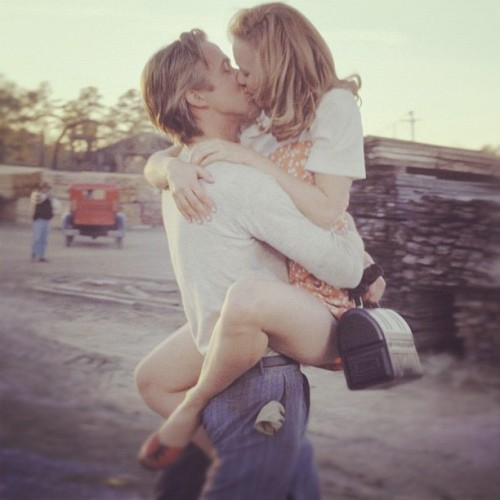 Everyone likes the rain kiss..well this was my favorite kiss <3 #thenotebook #film #movie #kiss #love #ryangosling (Taken with instagram)