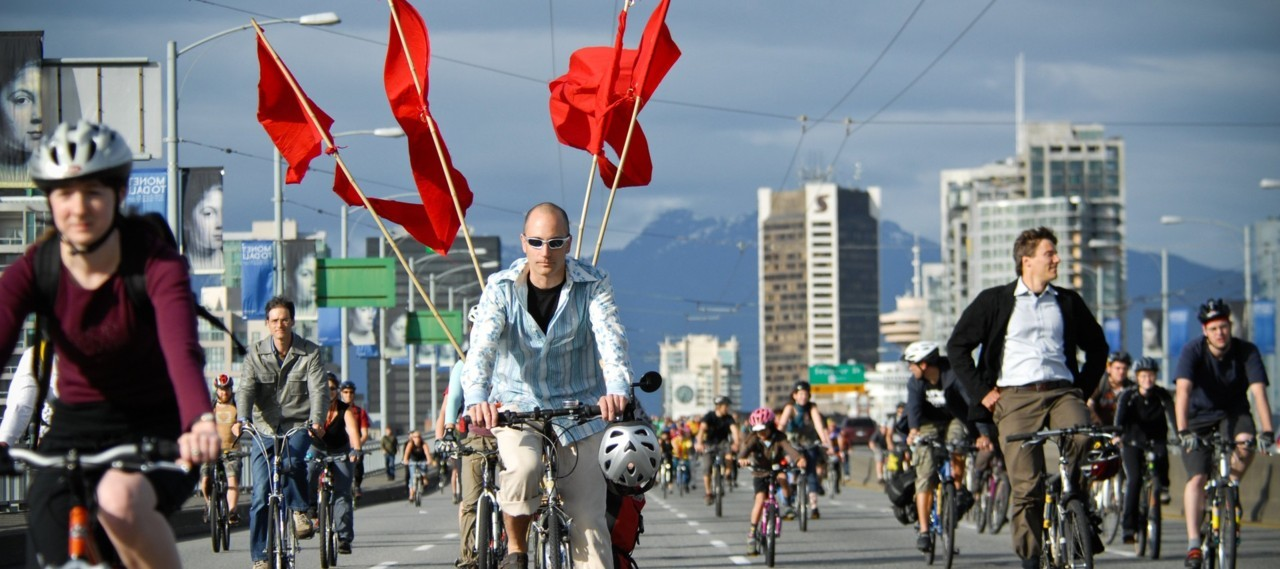 fastcompany:  The top five cities with the highest levels of cycling and walking are Boston, Washington, D.C., San Francisco, Seattle, and New York. The top five states for biking and walking are Alaska, Vermont, New York, Montana, and Oregon. The Best U.S. Cities For Biking And Walking  For more bike stats, visit NYCEDC's November 2011 Economic Snapshot featuring data from The NYC Department of Transportation.