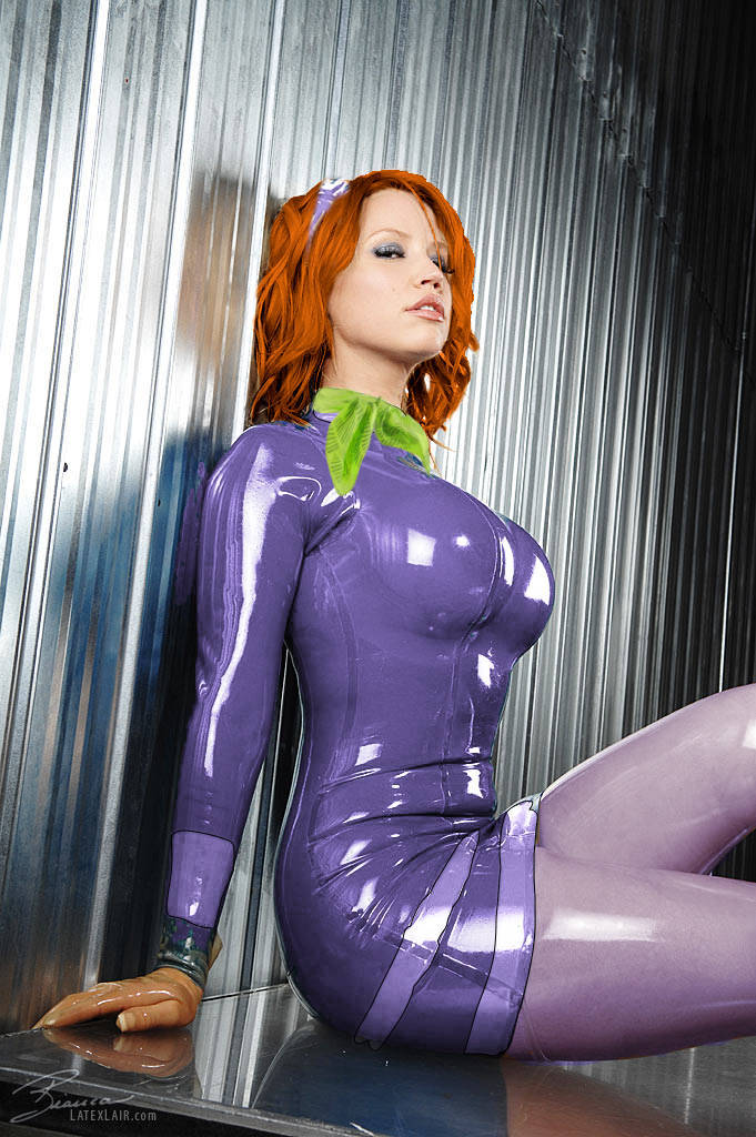 rootfish:  Latex Daphne.
