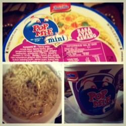 Indomie soup! :D I think the best instant noodles are from Indonesia . Second , Thailand!  (Taken with instagram)