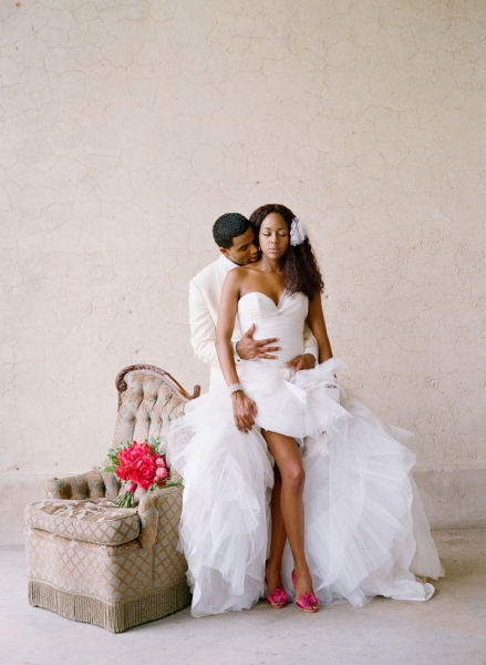 elegant-wedding:  http://elegant-wedding.tumblr.com/ This is wonderful if you're looking for a shorter dress with a little bit of attitude! to spice up your wedding gown add a pair of colourful heels.