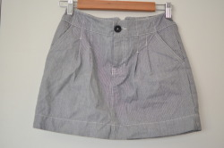 "H&M Striped Pocketed Skirt Size 4 14.5"" length $13"