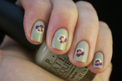 fuckyeahnailart:  (via Nailed It.: Such a Pansy)