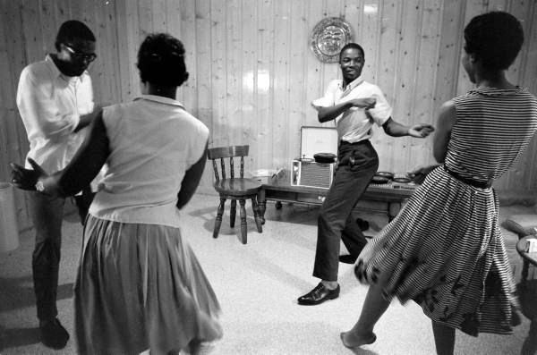 legrandcirque:  Young African-American couples dancing. Photograph by Paul Schutzer. Montgomery, Alabama, USA, 1961.