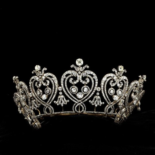Cartier | Tiara | c. 1903 This tiara of graduated flaming hearts and C scrolls was inspired by a vision of France before the Revolution. Louis Cartier encouraged his designers to sketch 18th-century ironwork and architectural ornament in Paris and Versailles, and to study engraved jewellery designs. Consuelo, Duchess of Manchester, was a prominent American heiress who married into the British nobility in 1876. The Duke of Portland recorded that she 'took Society completely by storm by her beauty, wit and vivacity and it was soon at her very pretty feet'.
