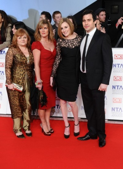 binxbolling:  katespencer:  Mrs. Patmore, O'Brien, Edith and Thomas.  Mrs. Patmore is just as scary in real life. And Thomas, just as hunky/gay—  HOLY FUCK, O'BRIEN!!!! FOXY!