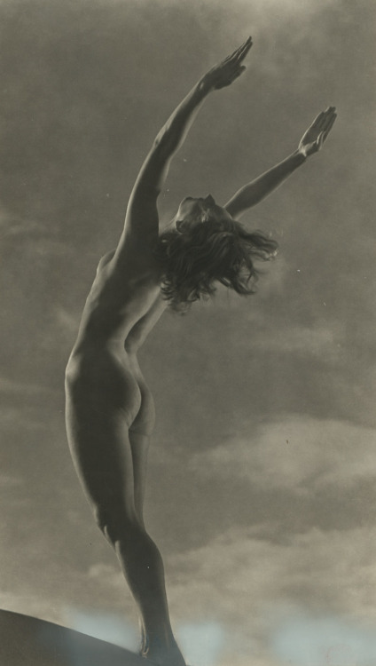 Dancer [Leni Riefenstahl] possibly by Willy Zielke This photograph, which Leni Riefenstahl posed for herself, was part of the Olympia film she directed in 1936 [see also]