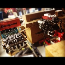 Hey look a #honda engine amongst the V8s #b18c #ls1 @snapon_tools #v8 #chevrolet (Taken with Instagram at Source Interlink Media)