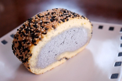 Hara Roll Cake with Sesame by Long Sleeper on Flickr.Went well with a cup of green tea : ) from Hara Roll