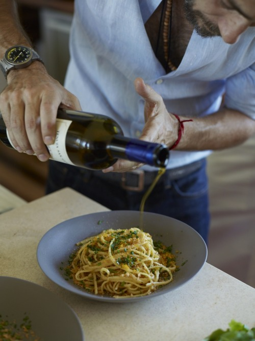 © Fredrika Stjärne Spaghetti with Bottarga and Almond Bread Crumbs Recipe Contributed by Mauricio Couly and Piero Incisa della Rocchetta