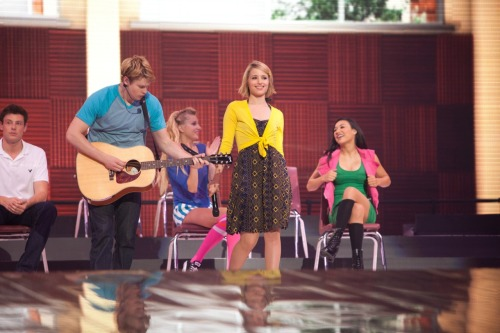 Glee in 3D movie stills in HQ - Lucky