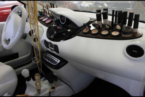 This is beyond cool!  showmemakeup:  My kind of car!!!!