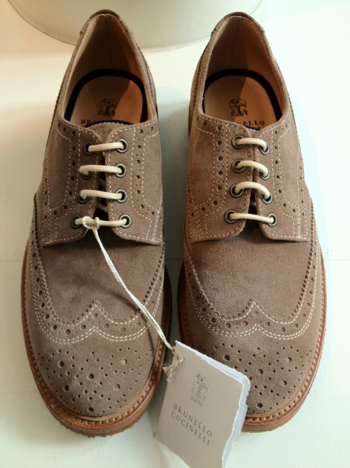 samatmarios:  Brunello Cucinelli tan suede wingtip for spring.