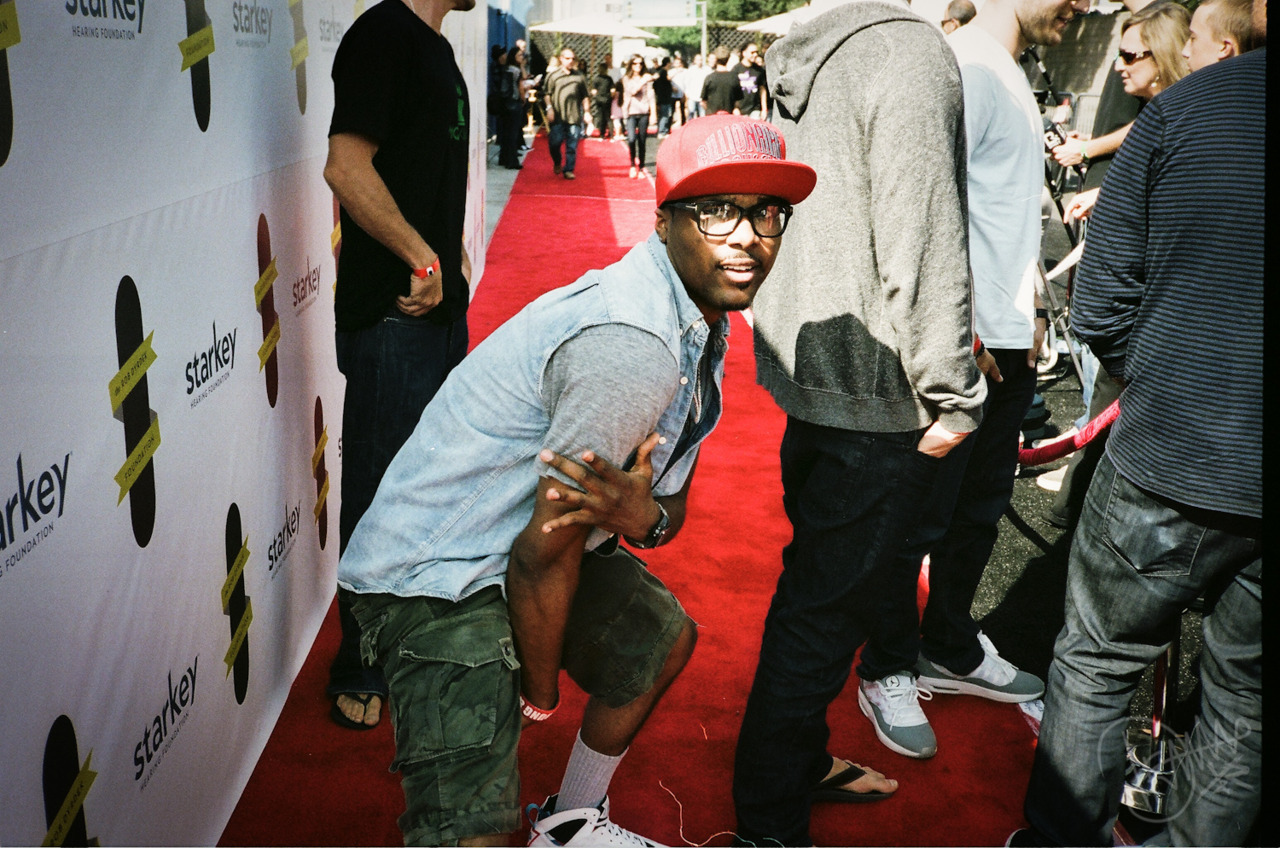 Steelo on the red carpet and shittttt.