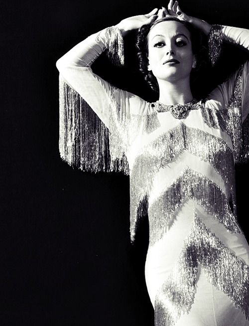 Photographed by George Hurrell.