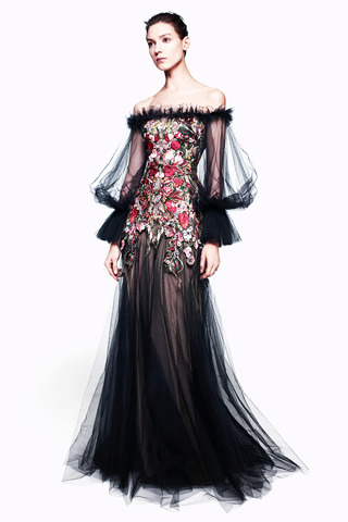 Alexander McQueen Pre-Fall 2012 Model: Kati Nescher  Love live McQueen (and Ms. Sarah Burton designing this line; she's doing remarkable work).   J'adore this gown.