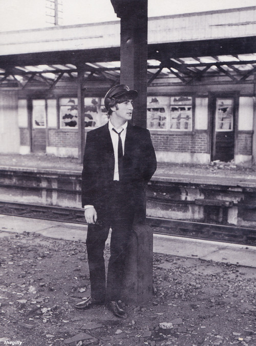 thegilly:  At Marylebone Station, 5 April 1964