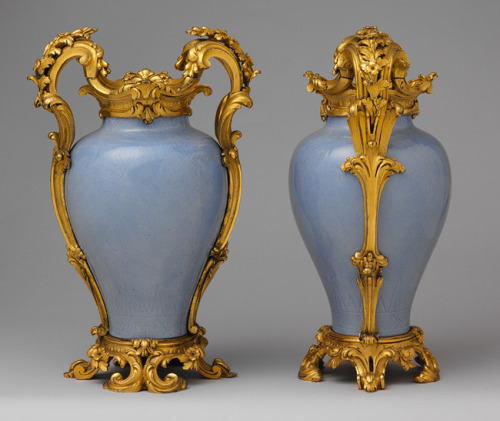 a-l-ancien-regime:  Pair of mounted vases, ca. 1750 These  sky-blue vases of the Qianlong period were embellished in Paris  and adapted to the European Rococo aesthetic.  In this manner they could enhance a mediocre piece of porcelain or preserve a precious but damaged object. Vasi orientali adattati al gusto Rococò.
