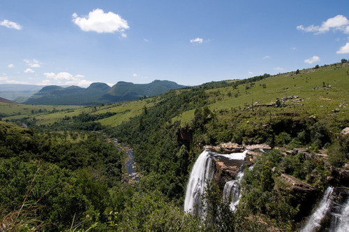 Lisbon Falls, Mpumalanga, South Africa. Cataratas Lisbon Falls, provínica de Mpumalanga, África do Sul. Photo copyright: Chris Eason aka Mister-E