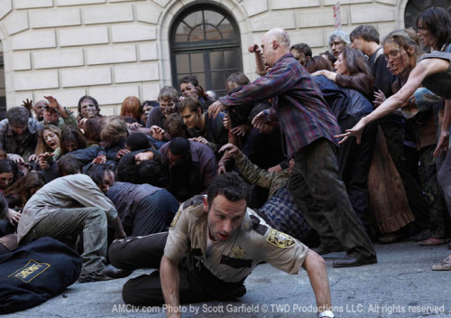 The Walking Dead needs to comeback on AMC already.