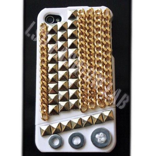 The Great White Chained and Studded case by LSD Fashion Lab. Because having just one outfit for your iphone is just not enough. #studs #iphoneswag #fashionaccessory #iphonecover #iphonecase #case #losangeles #studdediphonecase #lovesexdiamonds #lsdfashionlab #iphone #iphonesnob (Taken with instagram)