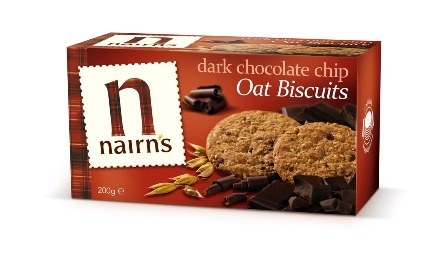 These are my new favourite things. Nairns dark chocolate chip oat biscuits. Perfect to satisfy sweet cravings, and yummy dunked in tea. Nutritional Info: Per biscuit: 45 cal, 6.4g carbs of which 2.2g sugar, 1.8g fat