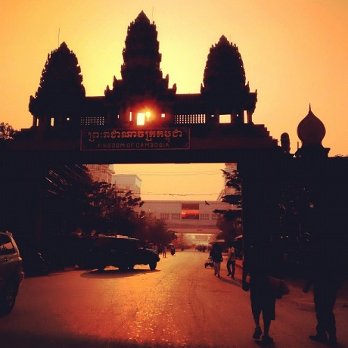 instagram-a-day:  Day 97: Good Morning Cambodia… #cambodia #thailand #poipet #border #immigration #travel #sunrise (Taken with instagram)