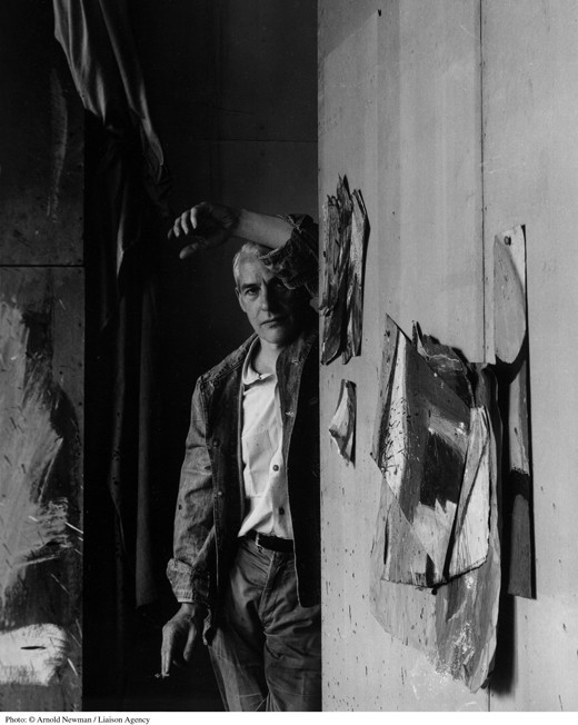 Willem de Kooning in his studio, 1959 (Arnold Newman/Getty Images).