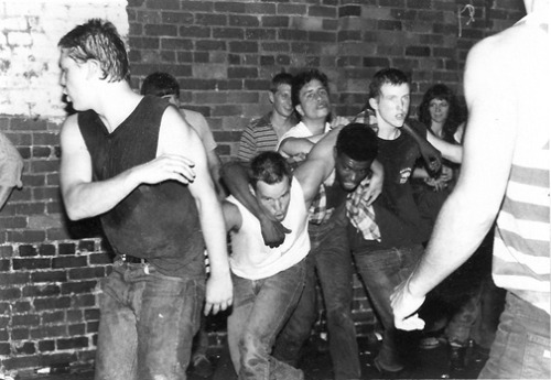freeindie:  A young Jon Stewart moshing at a Dead Kennedys show. [Via LS]  Ah the past!  There's so much of you.  And I miss a lot of you.