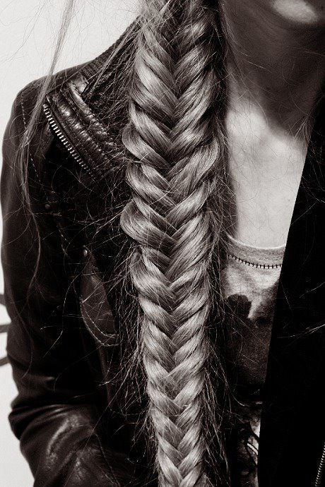 HAIRSTYLE The fishtail braid.