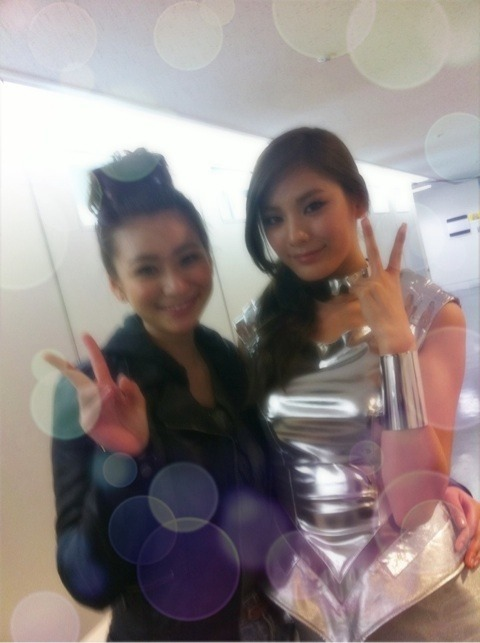After School - Nana & Japanese Model 西田有沙 @ Japan Girls' Award Backstage