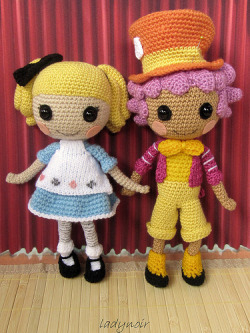 cajunmama:  Alice and Mad Hatter (by ladynoir63)