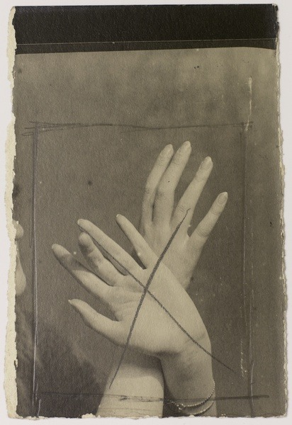 deadpaint:  Man Ray, Mains