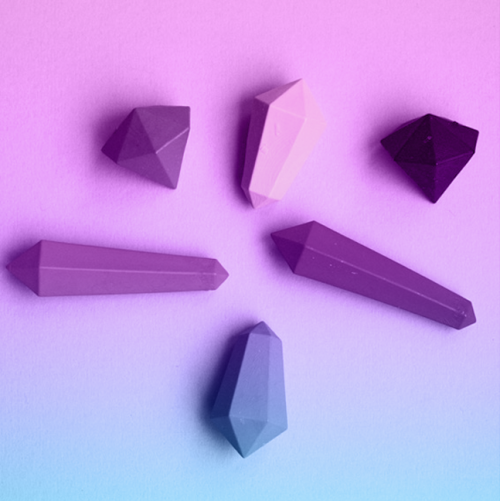 in-dy:  crystal shaped crayons