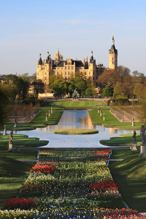 magicalnaturetour:  Harald Hoyer Photographer ~ Schwerin Castle
