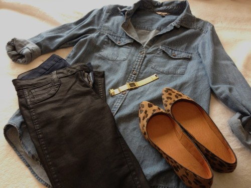 Reversible Skinnies- BleuLab, denim shirt- Nordstrom BP, Leopard flats- Madewell, gold watch- Marshalls