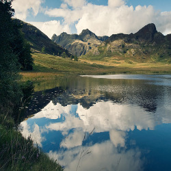 fleeckr:  Blea Tarn (by martinturner)