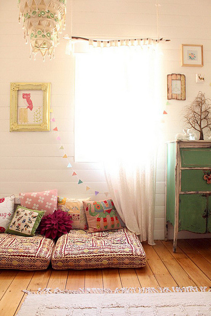 georgianadesign:  Bohemian girl's room via The Style Files blog.