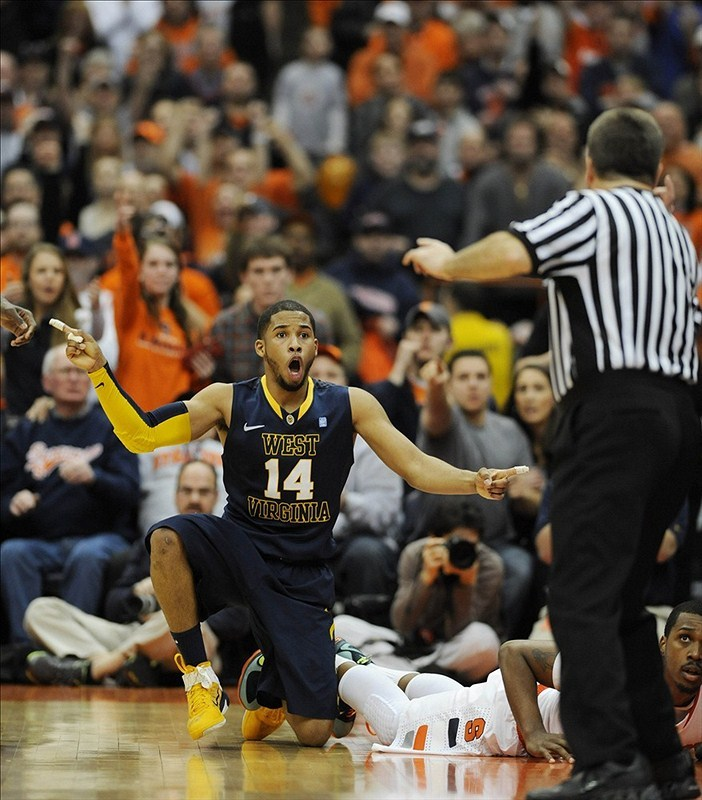 Was West Virginia robbed? Syracuse escapes with 63-61 win after controversial goaltending non-call Mountaineers RapidReports Orange RapidReports