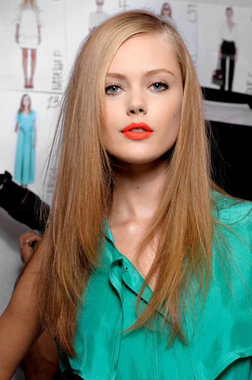 highfashionsproperty:  Frida Gustavsson.