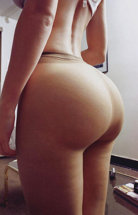 nutenbutnet:  BootyToday 23 #AssIsEverything #TwitterAfterDark #ThongThursday #TittyTuesday #TeamFollowBack