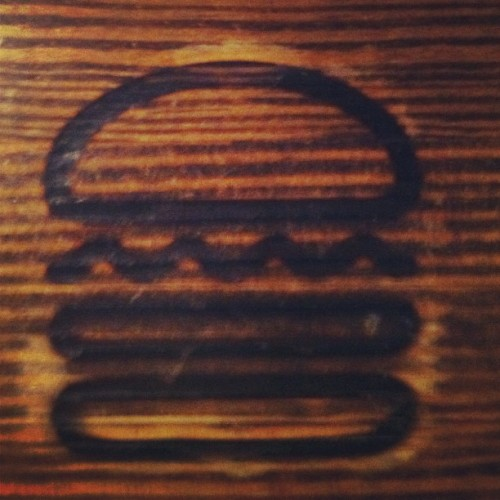 Shake Shack #nomnom #nyc #burgers #ig #instamood #instagram #iphoneography #instagood #sogood #food  (Taken with instagram)
