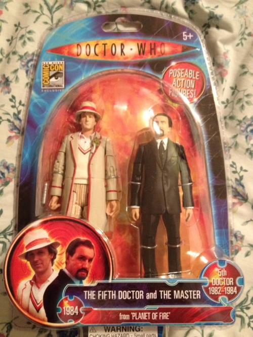 gallifreygal:  Fivey/Master Action Figures Giveaway! To celebrate 400 followers, I'm giving away the Planet of Fire action figure set, which is Five and the Master (or Kamelion as the Master if you're so inclined to believe so). I'd realized that I'd bought two of these for some reason (soooo much Fivey/Master) so my momentary lapse in memory is someone's lucky gain! Rules: You do not need to be following me to enter, like and/or reblog this post maximum of 5 reblogs per person contest ends FEB. 11th, 2012 at 11:59pm local time (PST for me) At the end of the contest I will take a look at the number of notes on this post, go to random.org and use the generator to come up with a number between 1 and the # of total notes. I'll contact the winner via Ask box, and I will ship worldwide. Please note that I will most likely not be able to send the figures out right away as Gallifrey One is the next weekend and I'll be busy preparing. But I'll get them out before February is done. That extra day this year is a lifesaver. Get entering, and good luck! :D