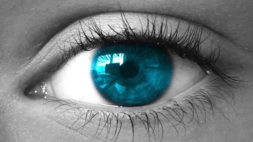 Today i editted this pic of my eye… Hope you like it!