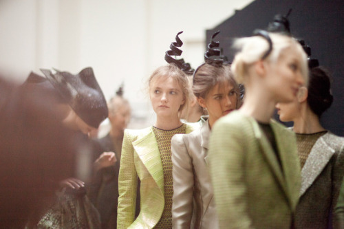 darklamb:  …and now for the real deal. Backstage at Armani Prive` (via vogue.com) A++
