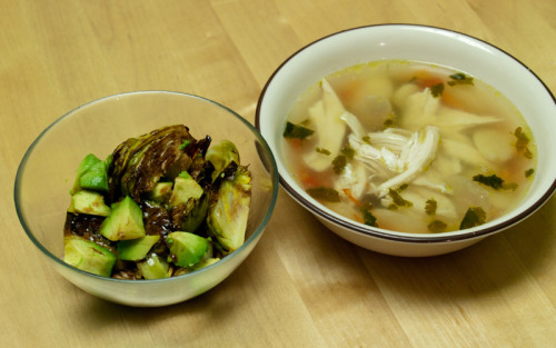 Dinner 2 cups chicken lima bean soup: 245 calories balsamic roasted brussels sprouts and avocado salad: 135 calories Total: 380 calories  Snack banana-berry smoothie: 185 calories Day Total: ~1,500 calories